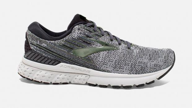 https://cdn1.coachmag.co.uk/sites/coachmag/files/styles/insert_main_wide_image/public/2019/04/best-stability-running-shoes-brooks-adrenaline-gts-19.jpg?itok=jqAWabbQ