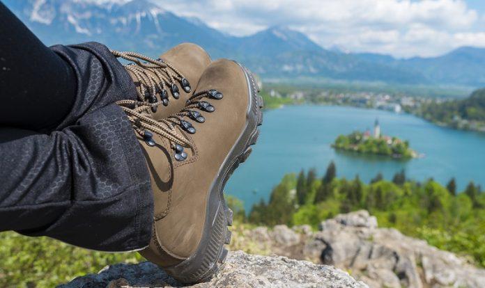 Best Walking Boots For Women in 2021